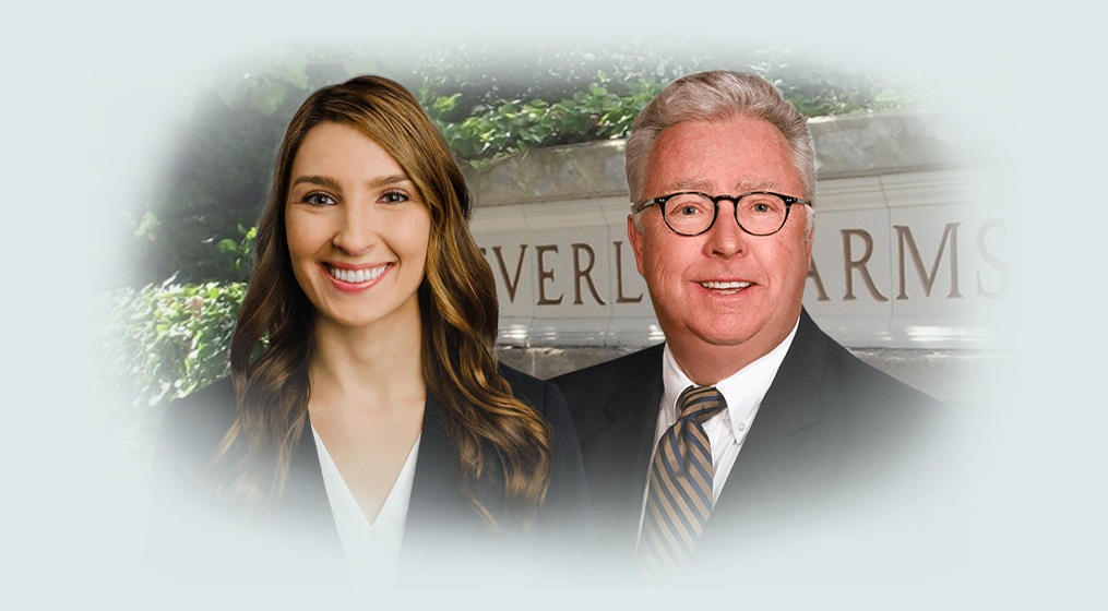 Outside view of Beverly Farms Dental office